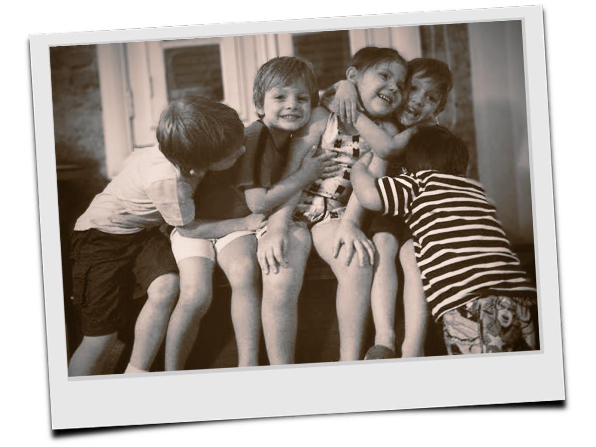 As crianças e as fotografias na escola